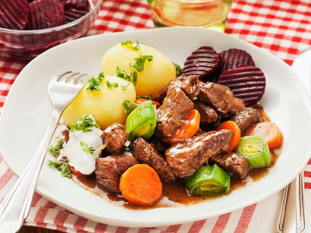 "Smorrebrod Scandinavian Stew ""Kalops"""