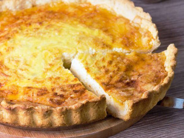 Smorrebrod Scandinavian Cheese Pie / Ost Paj